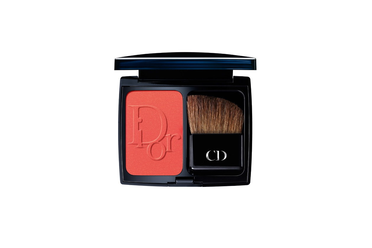 Emily Kinney beauty look: Dior Diorblush Redissimo