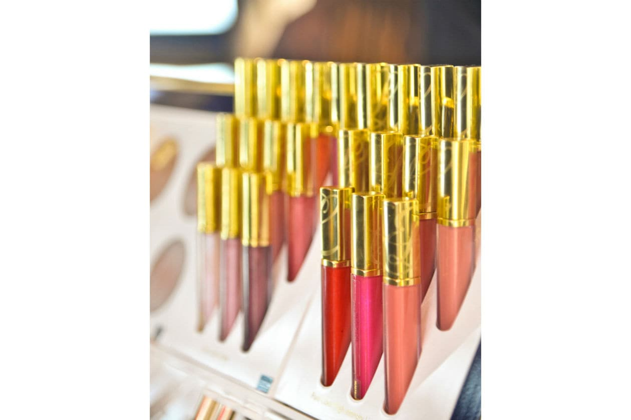 I Pure Color Lip Lacquer di Estée Lauder