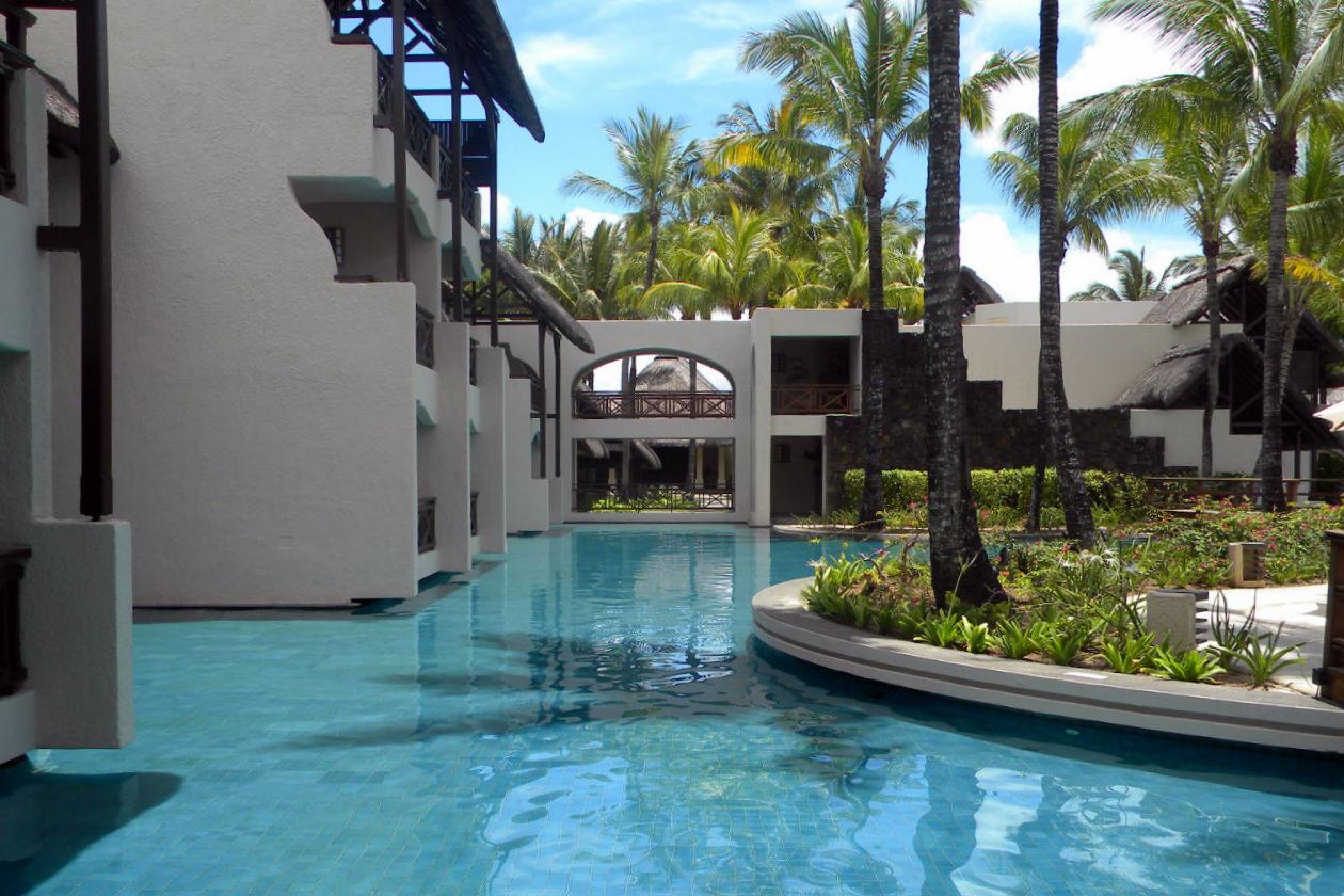 Il Constance Bella Mare Plage ospita quattro piscine, sette ristoranti e sei bar