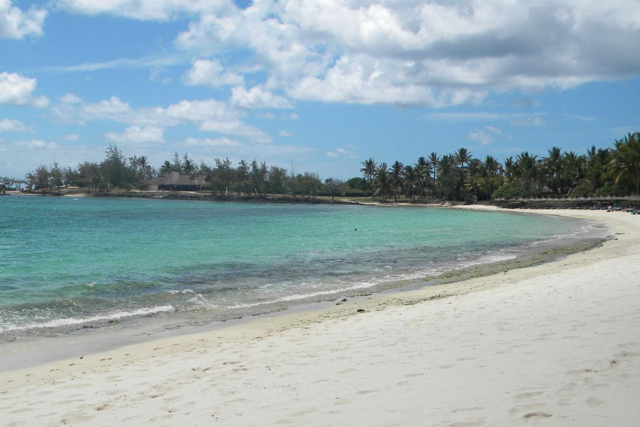 Il Constance Bella Mare Plage sorge lungo una spiaggia bianca di due chilometri