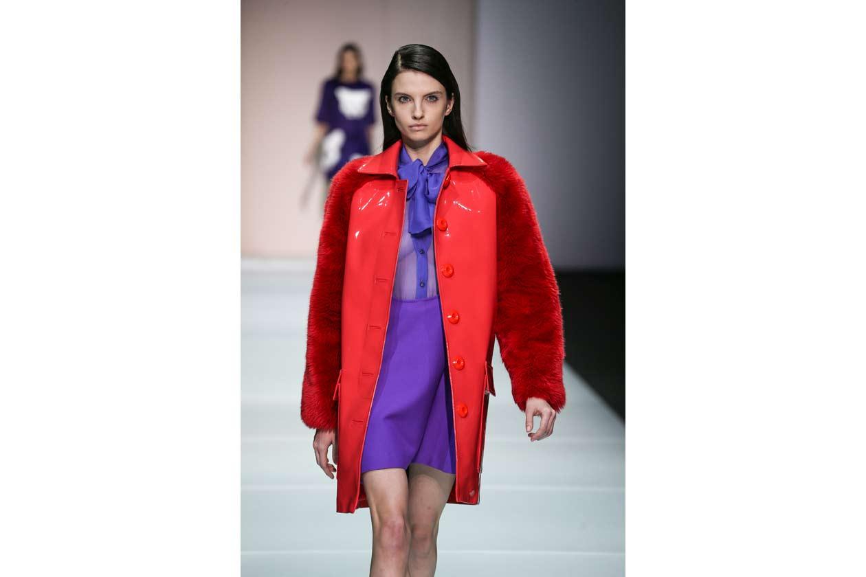 Il cappotto rosso di Au Jour Le Jour