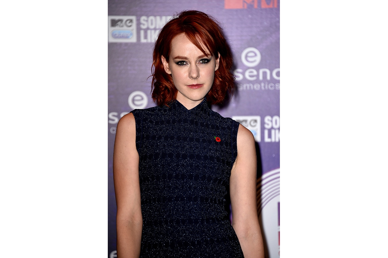 MTV EMA beauty look: Jena Malone cat smokey eyes