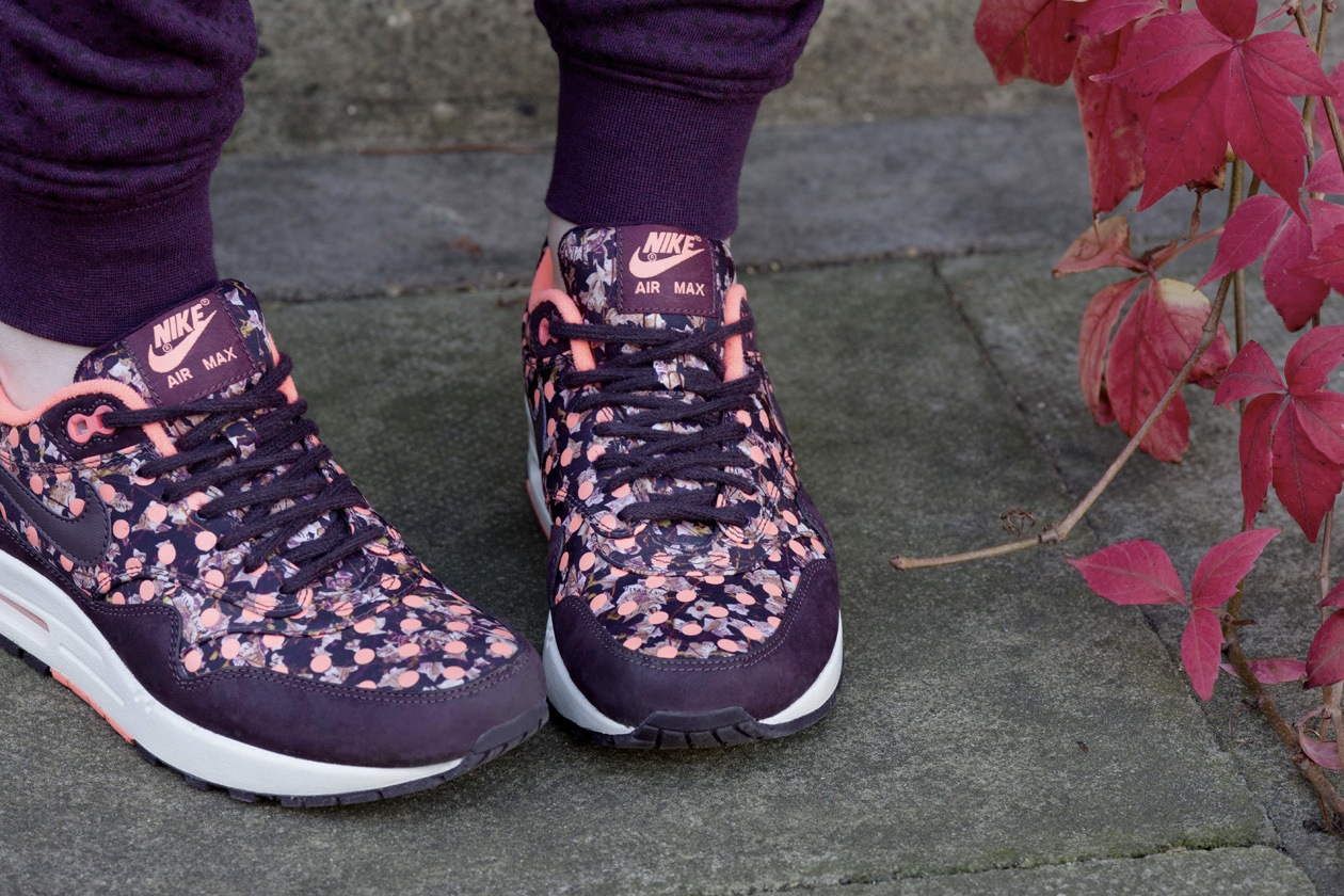 NikeXLiberty Just Friends 16 original