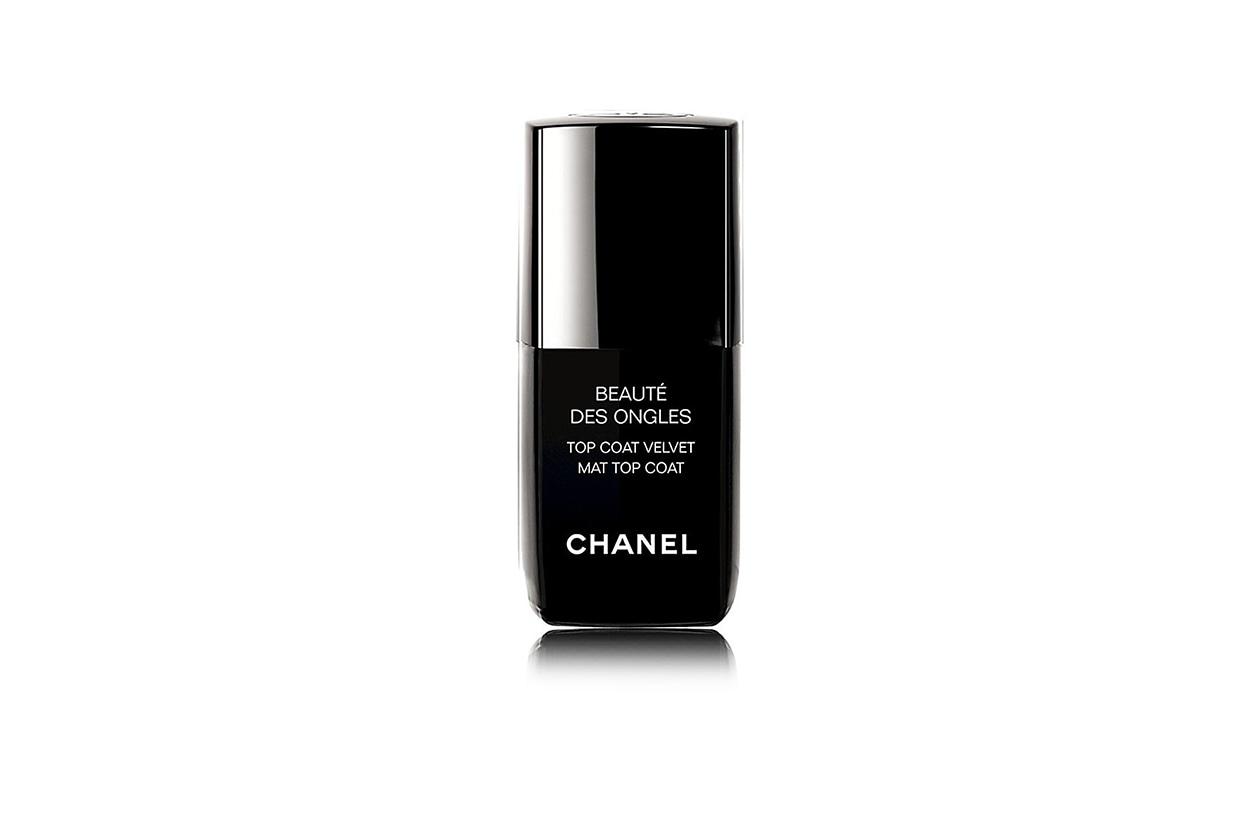 Smalti matte: Chanel Top Coat Velvet