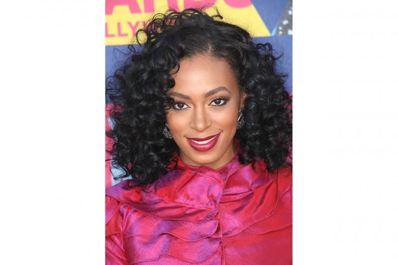 Solange Knowles adora i capelli ricci (2008)