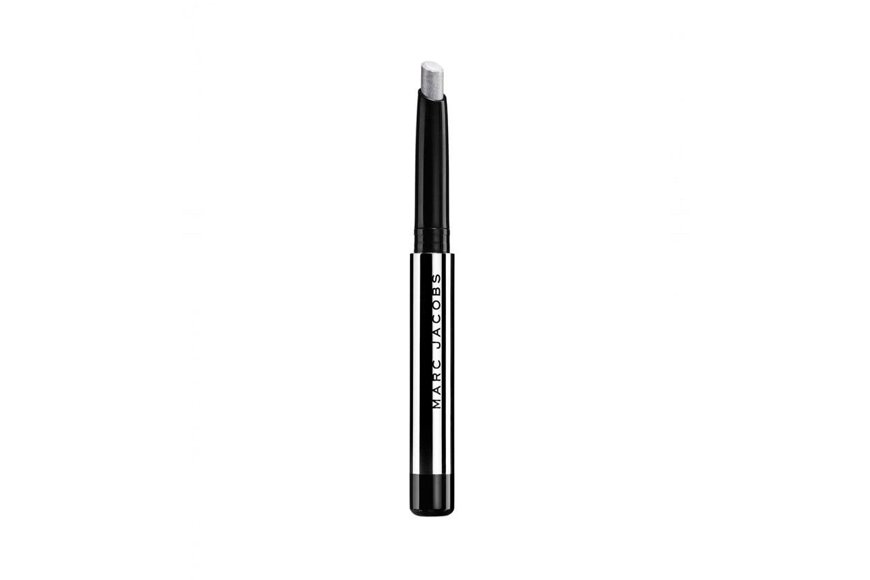 Trucco minimal e trench: Marc Jacobs Twinkle Pop Eye Stick Frannie
