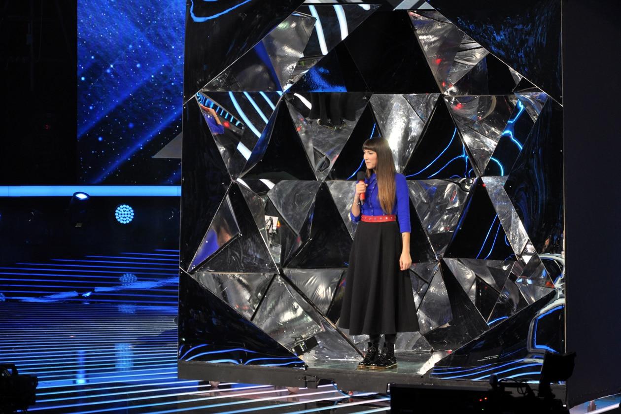 X Factor 8: Camilla Magli on stage!