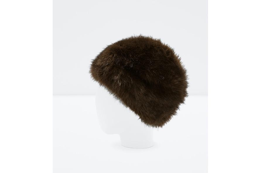 il berretto in pelliccia, ZARA