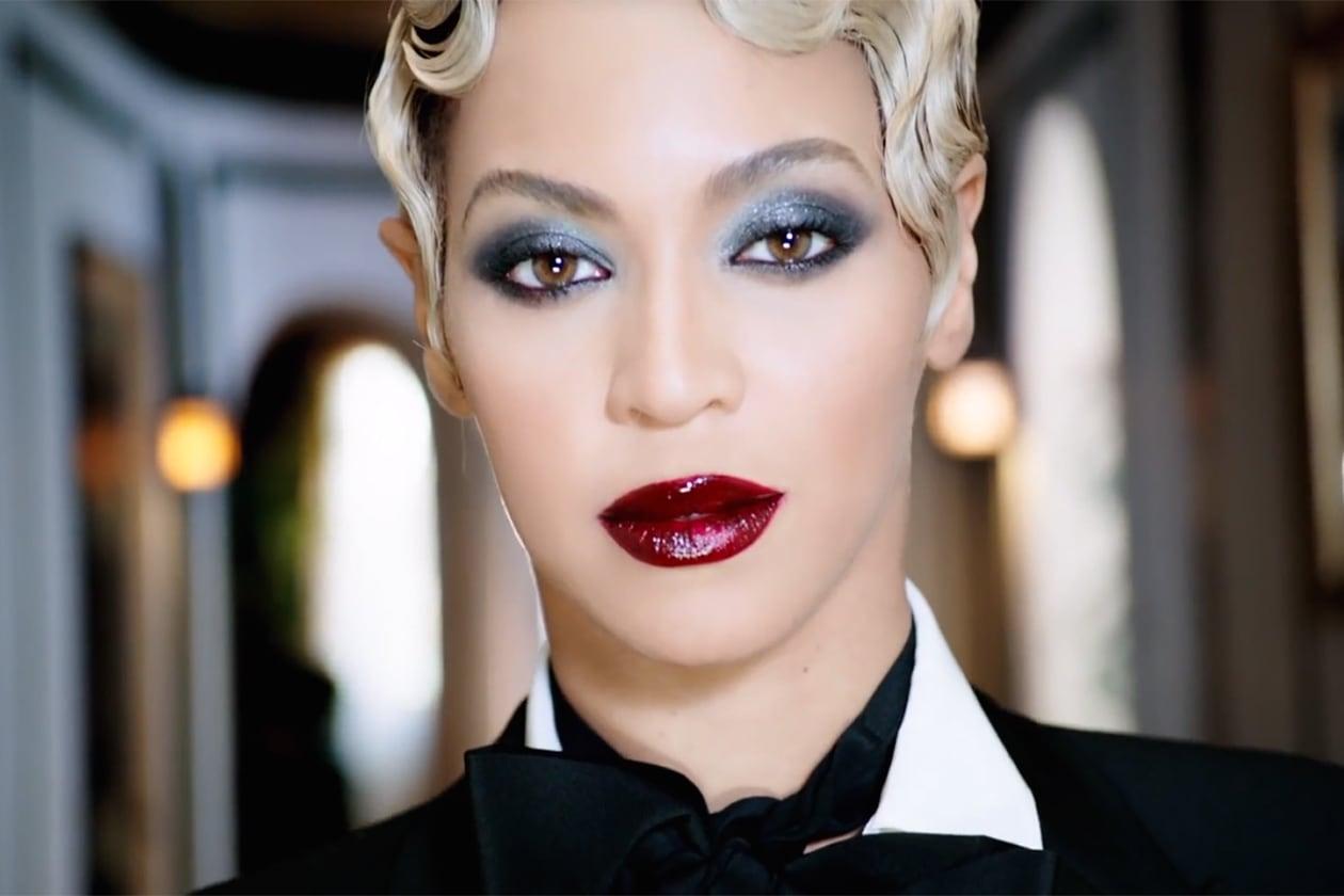 Beyoncé beauty look: labbra bloody con il rossetto bordeaux