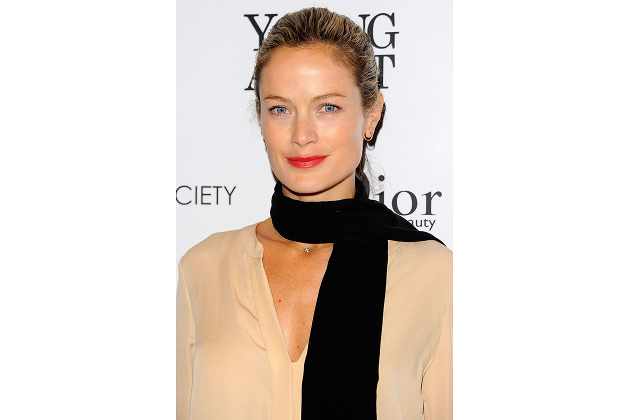 Carolyn Murphy capelli: chic hair look