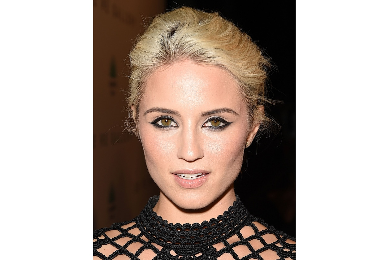 Dianna Agron beauty look: sguardo delineato