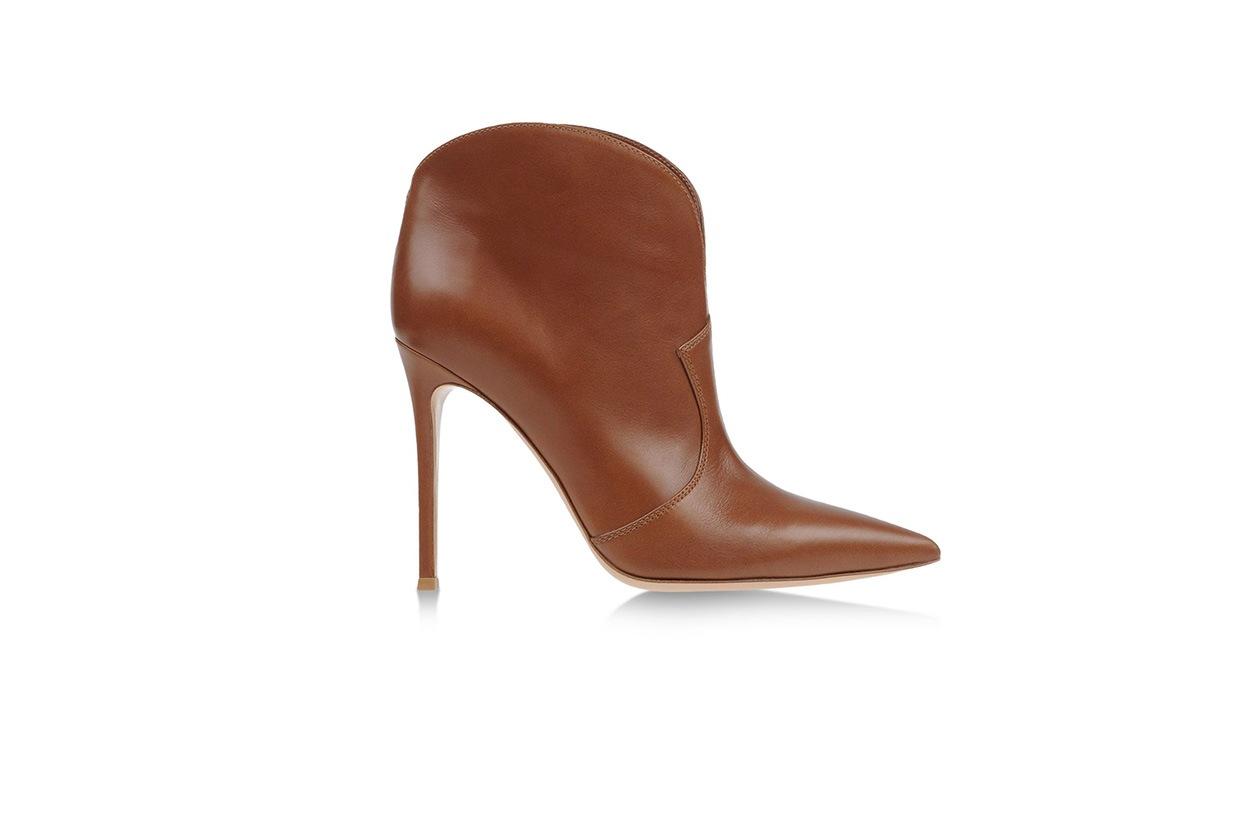 Fashion get the look Olivia Palermo gianvito rossi the corner