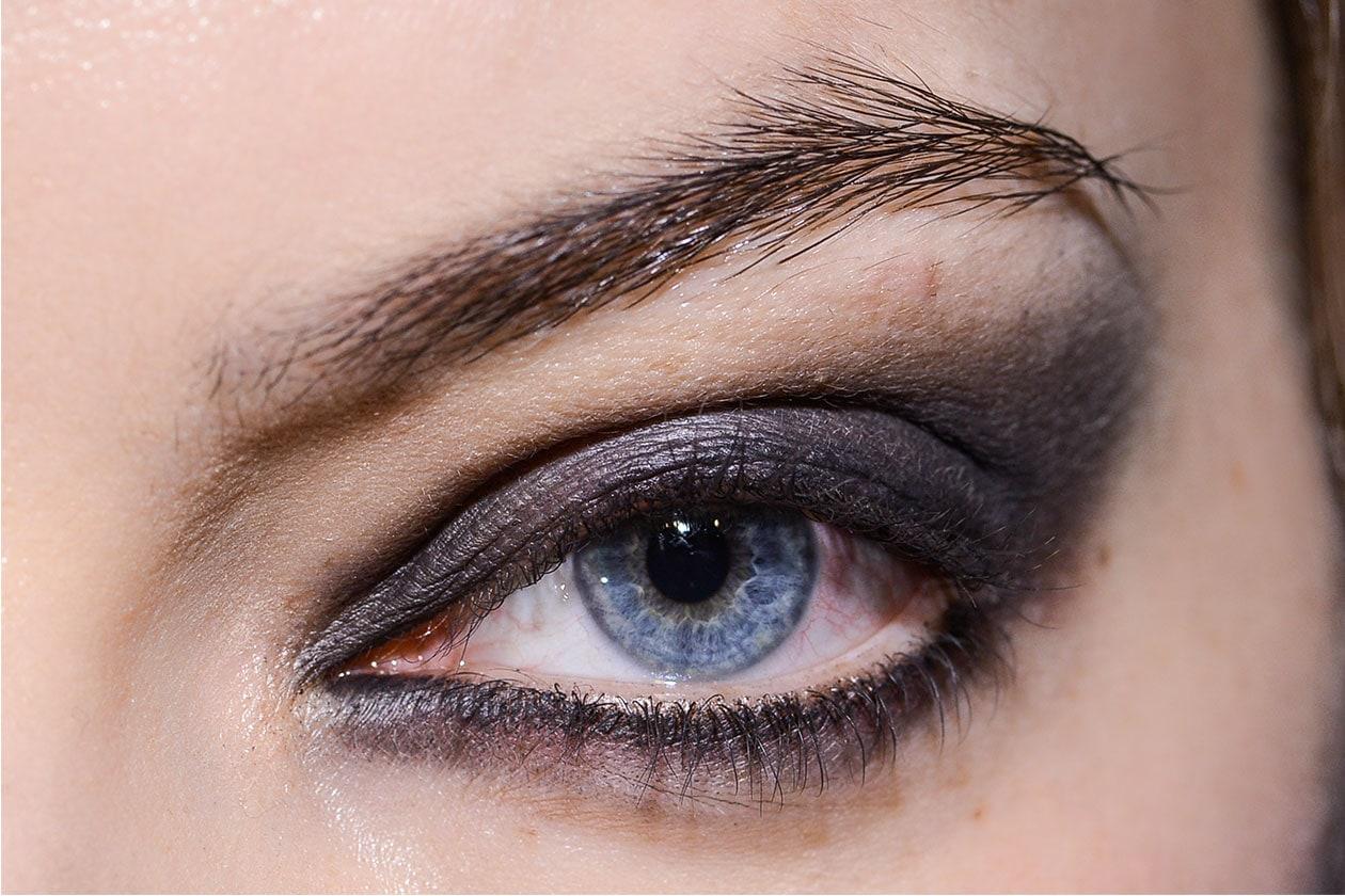 Gli smokey eyes neri da sfilata (Tsumori Chisato AI 14-15)