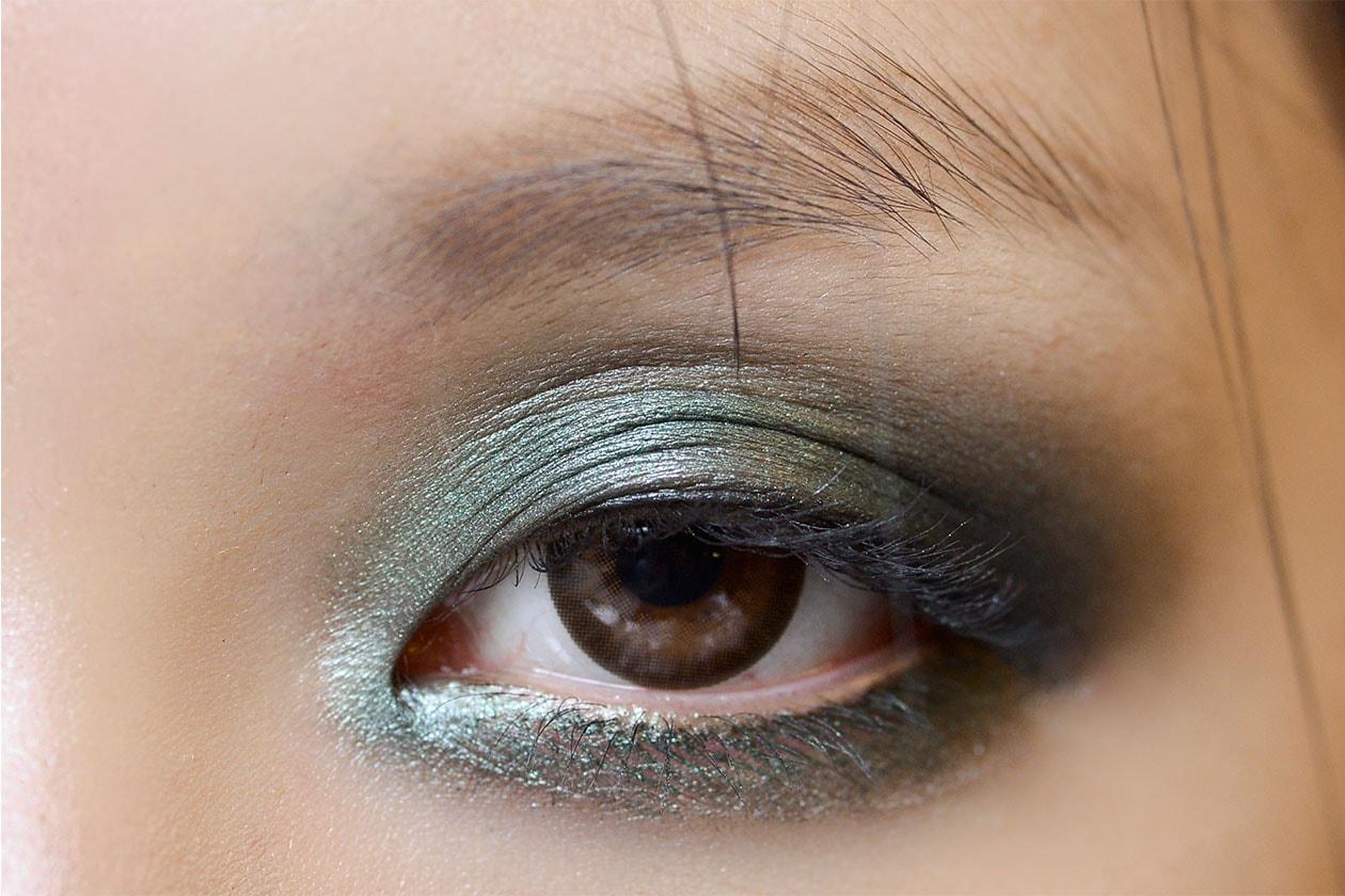 Gli smokey eyes verdi da sfilata (Anna Sui AI 14-15)