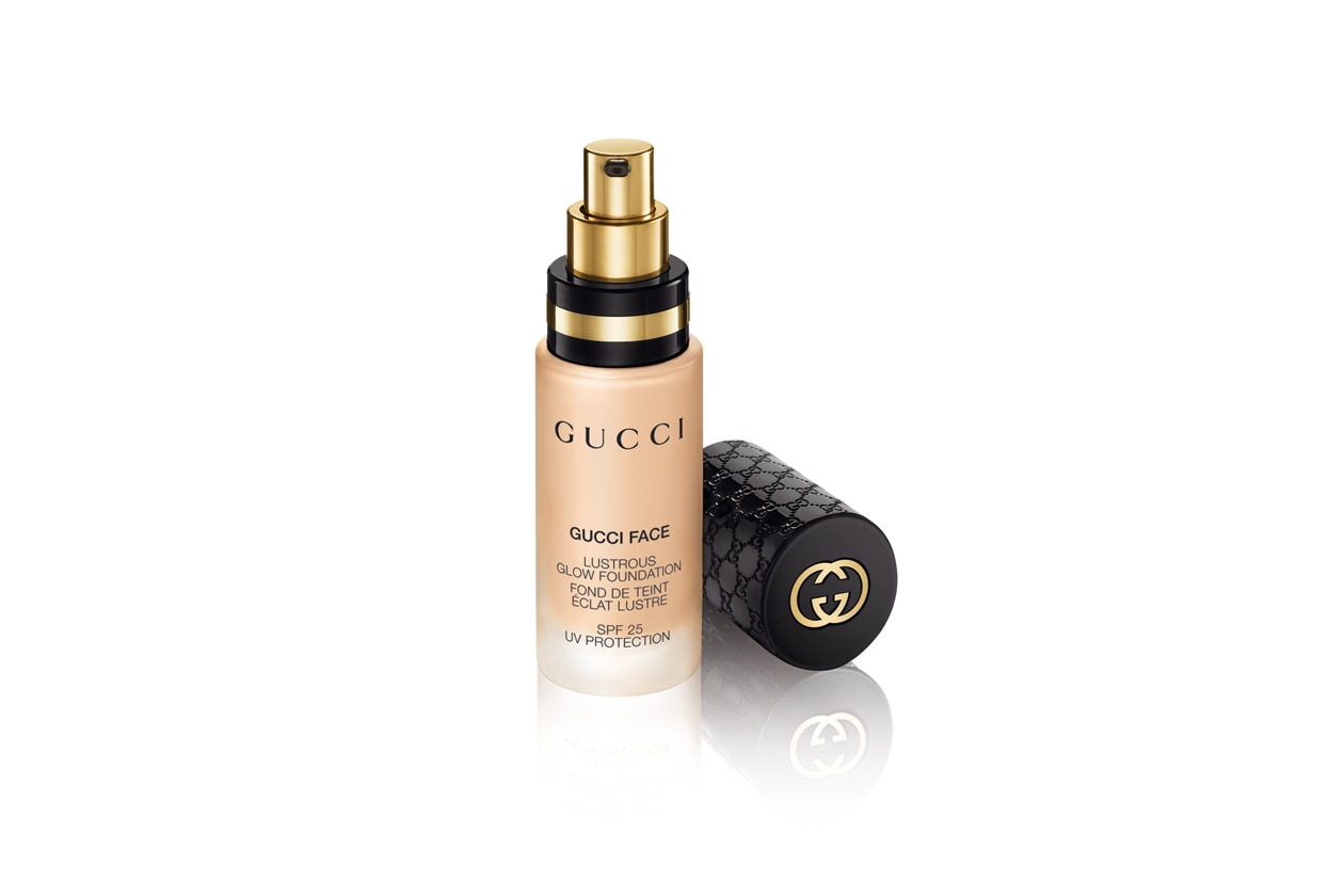 Gucci Face Lustrous Glow Foundation 020