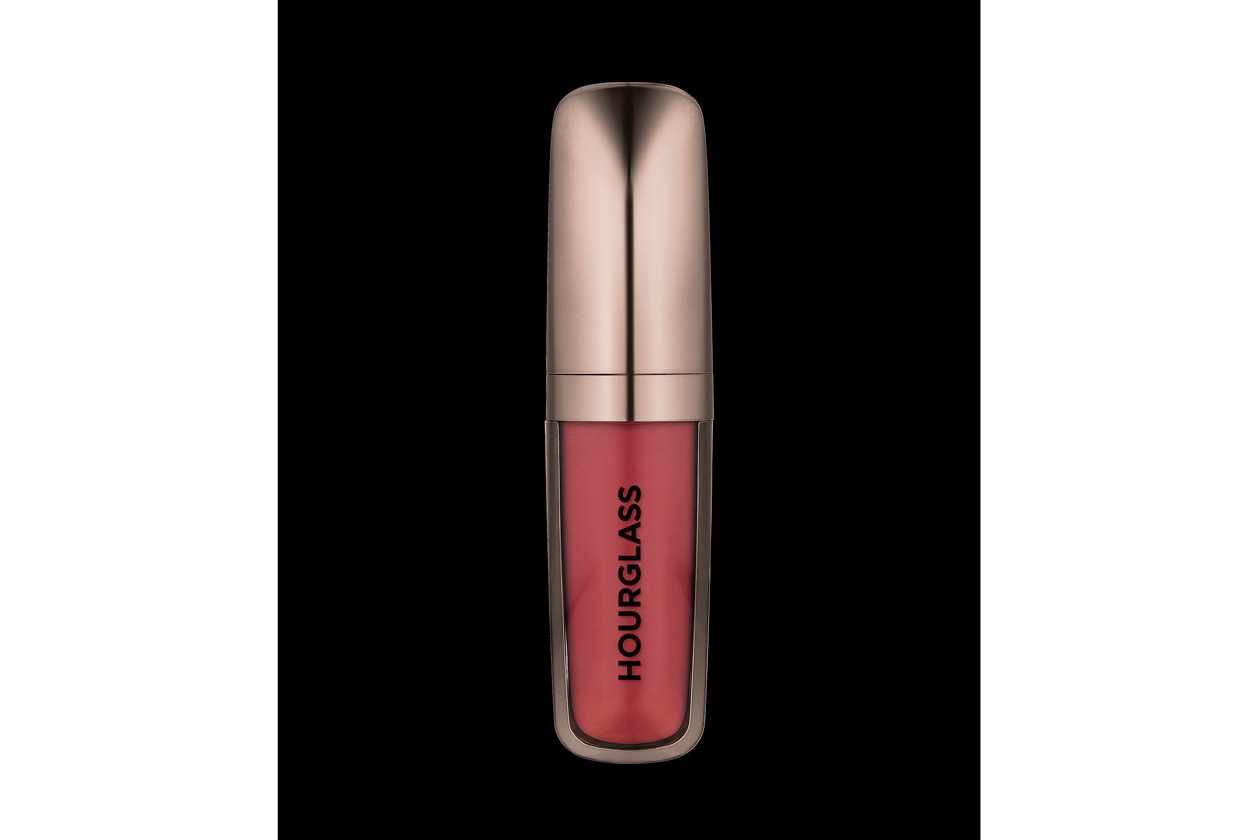 Rossetto rosso: Hourglass Opaque Rouge Liquid Lipstick Icon