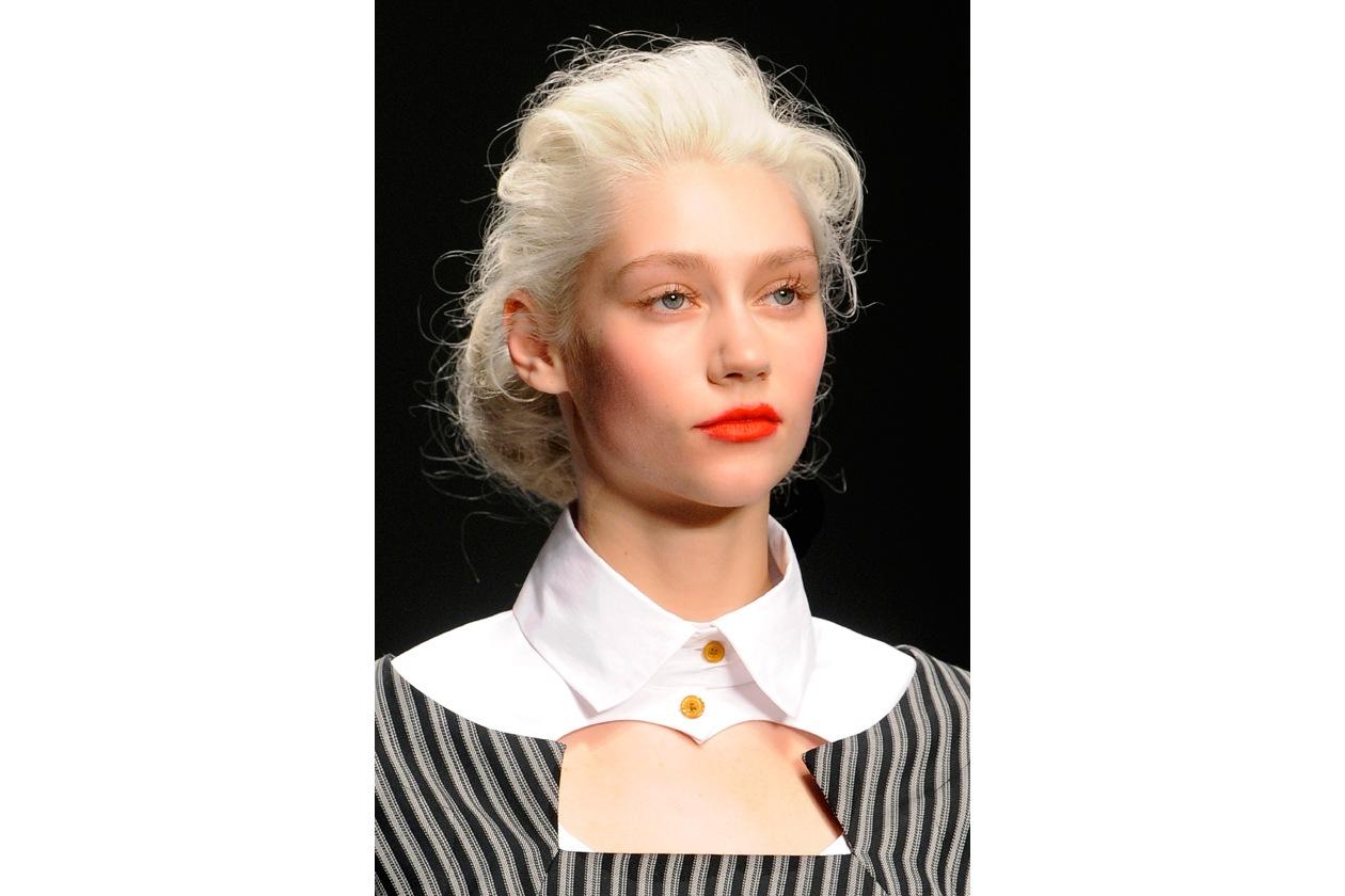 Rossetto rosso: beauty look da regina di cuori