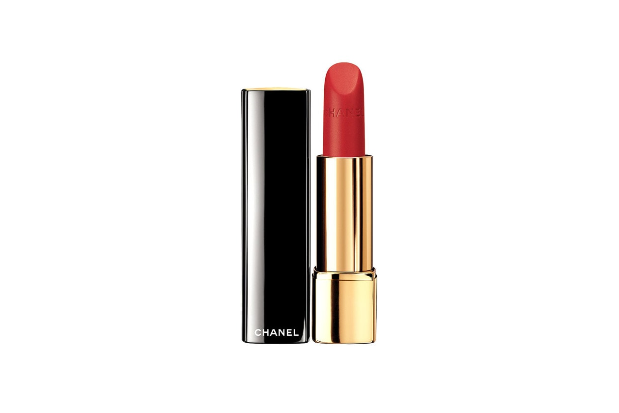 Rouge Allure Velvet in 337 La Flamboyante di Chanel