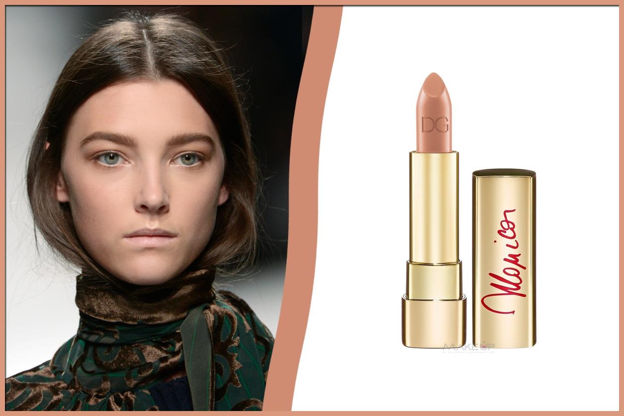 Sacai – Rossetto Monicain 40 True Monica diDolce&Gabbana