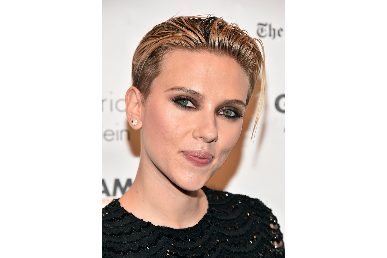 Scarlett Johansson: corto sleek