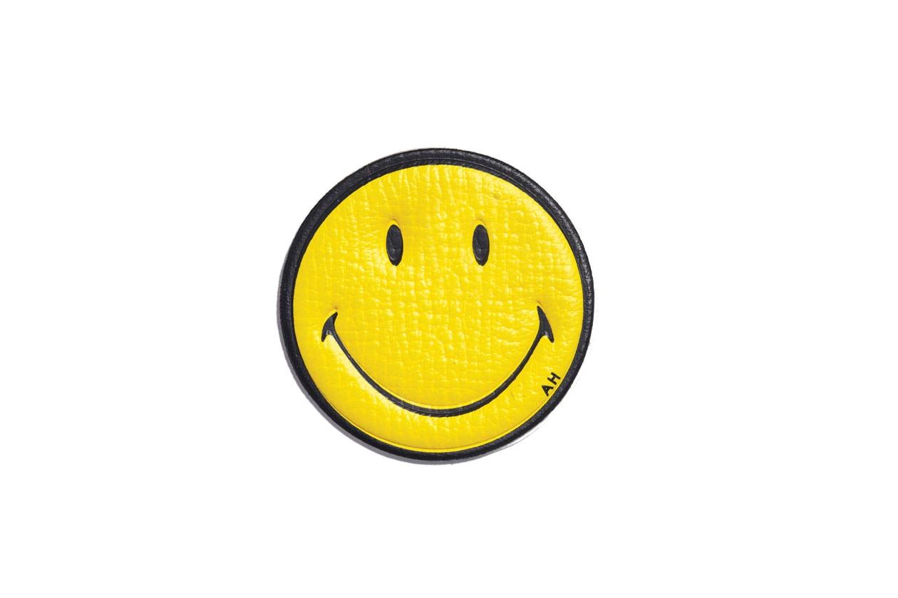 Sticker smiley ú45 $70