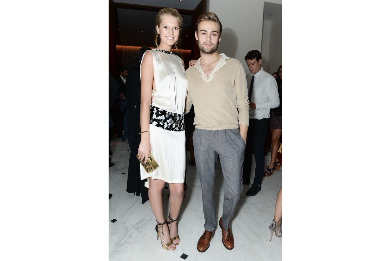Toni Garrn and Douglas Booth 1 THE MIAMI BEACH EDITION HOTEL launches with a celebration for W MAGAZINE