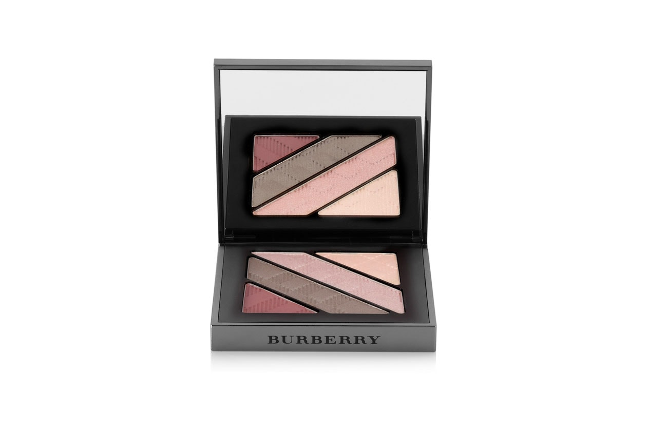 Trucco occhi rosa: Burberry