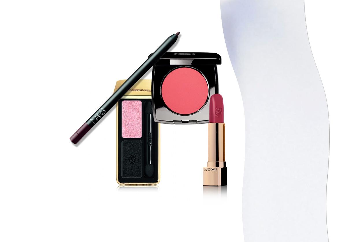 Viola anche per la Watson: ma è tutto sulle labbra per un sorriso in primo piano, come vuole la tendenza (Lancôme – Guerlain – Nars – Chanel)