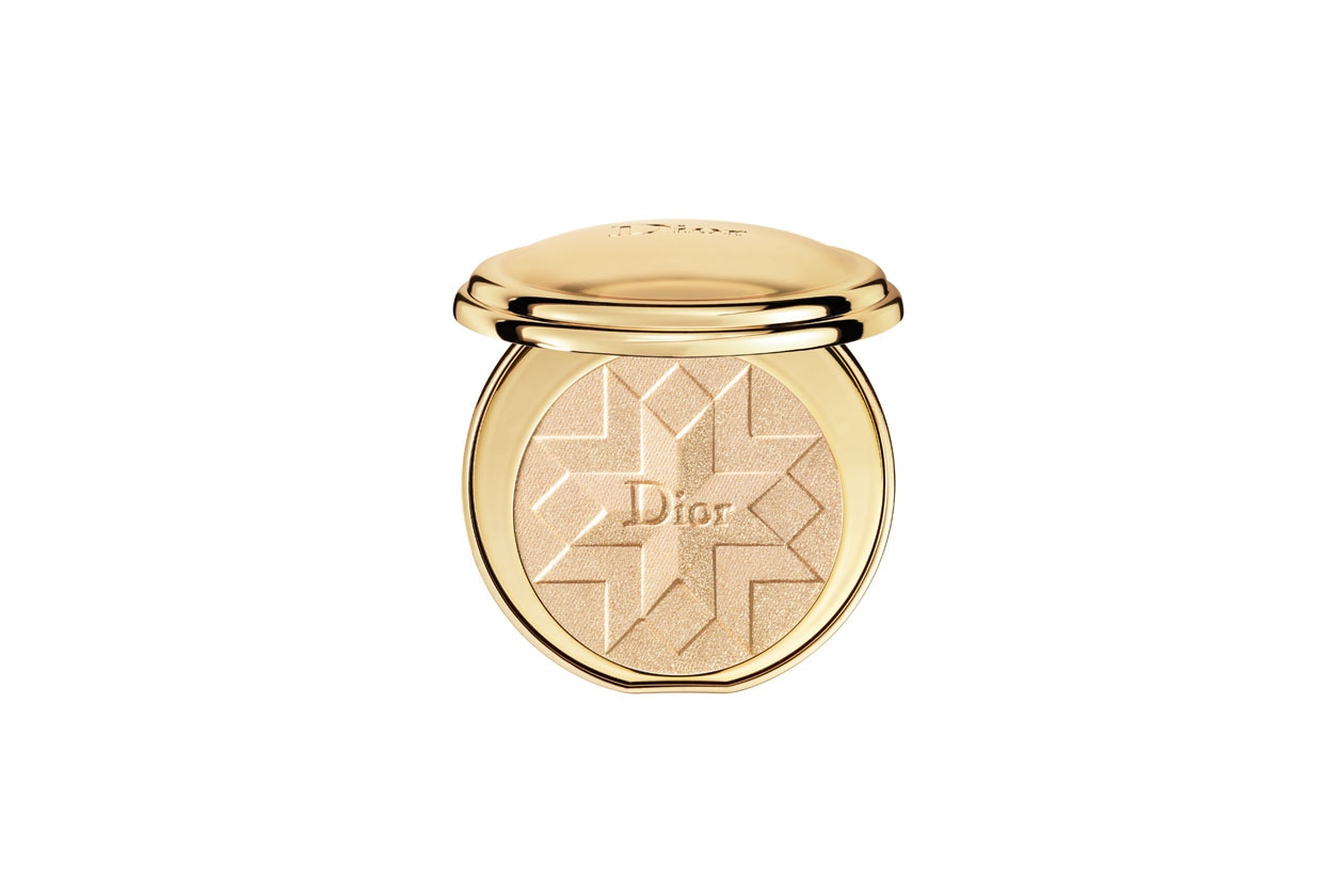 Winter Make Up Oro Dior Diorific Golden Shock Illuminating Pressed Powder 001 Gold Shock
