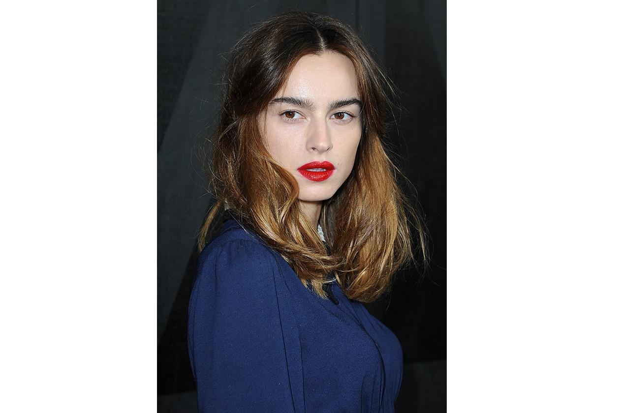 Kasia Smutniak: labbra rosso fuoco e incarnato diafano