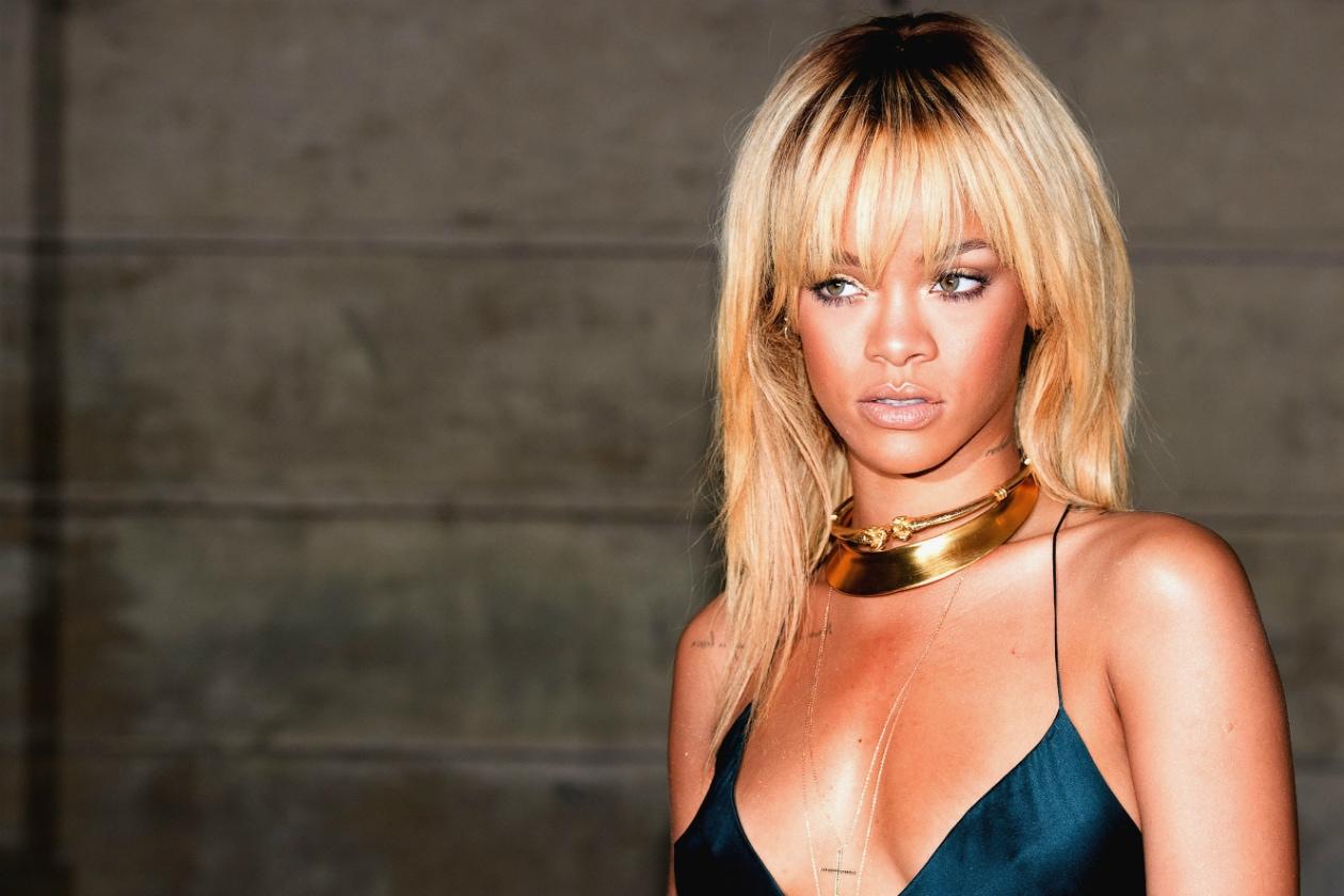 È Rihanna. Il suo temperamento anticonformista e ribella l'ha riempita di tatuaggi non tutti belli pero