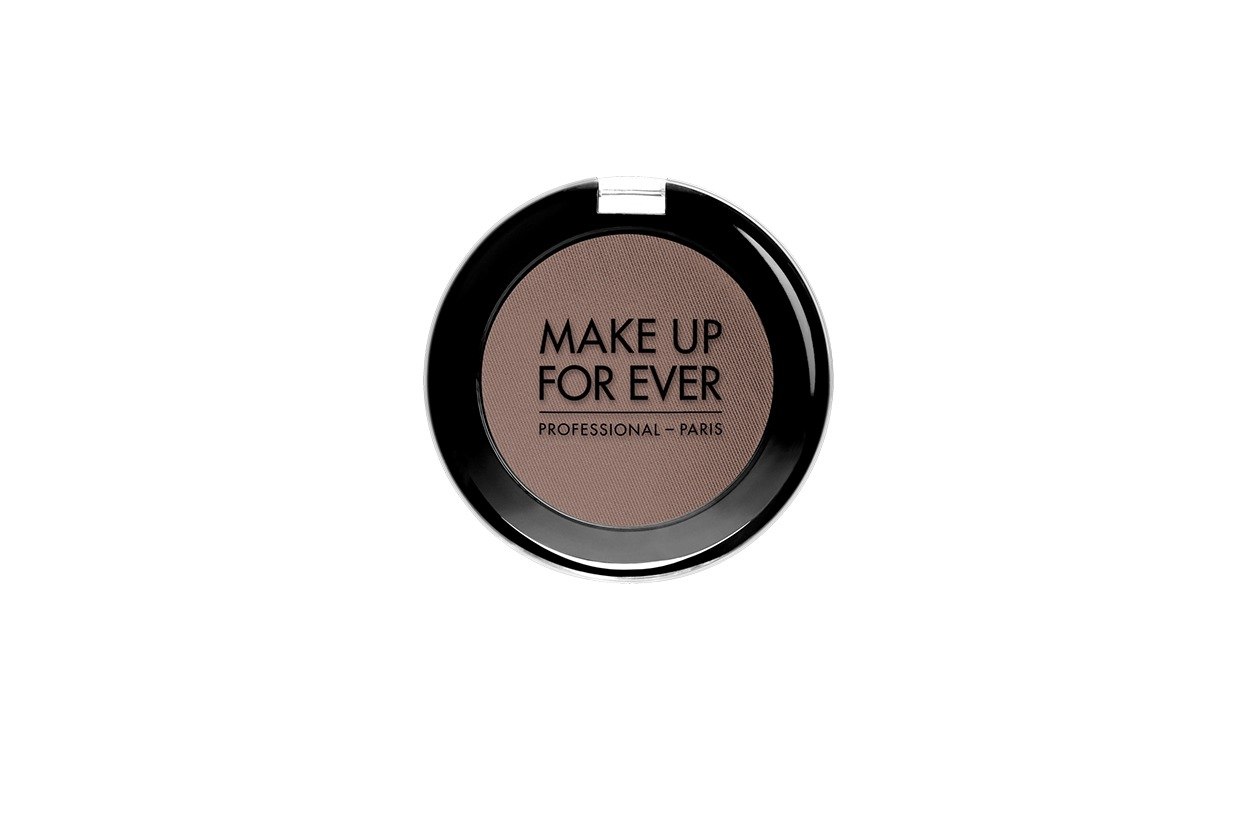 Hilary Rhoda beauty look: Make Up For Ever Eyeshadow Mono in Dark Taupe