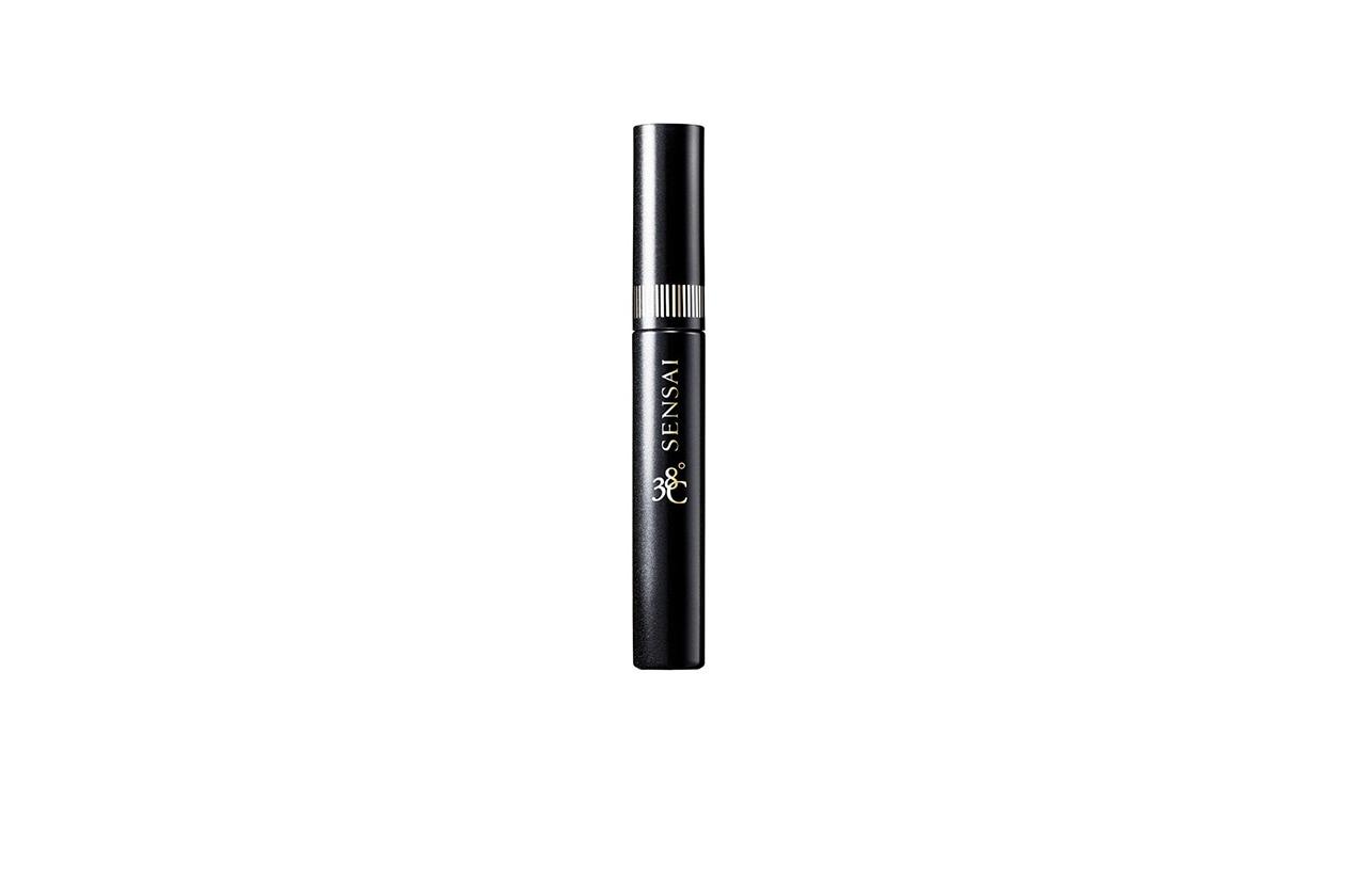 Hilary Rhoda beauty look: Sensai Mascara 38° C Separating Lengthening
