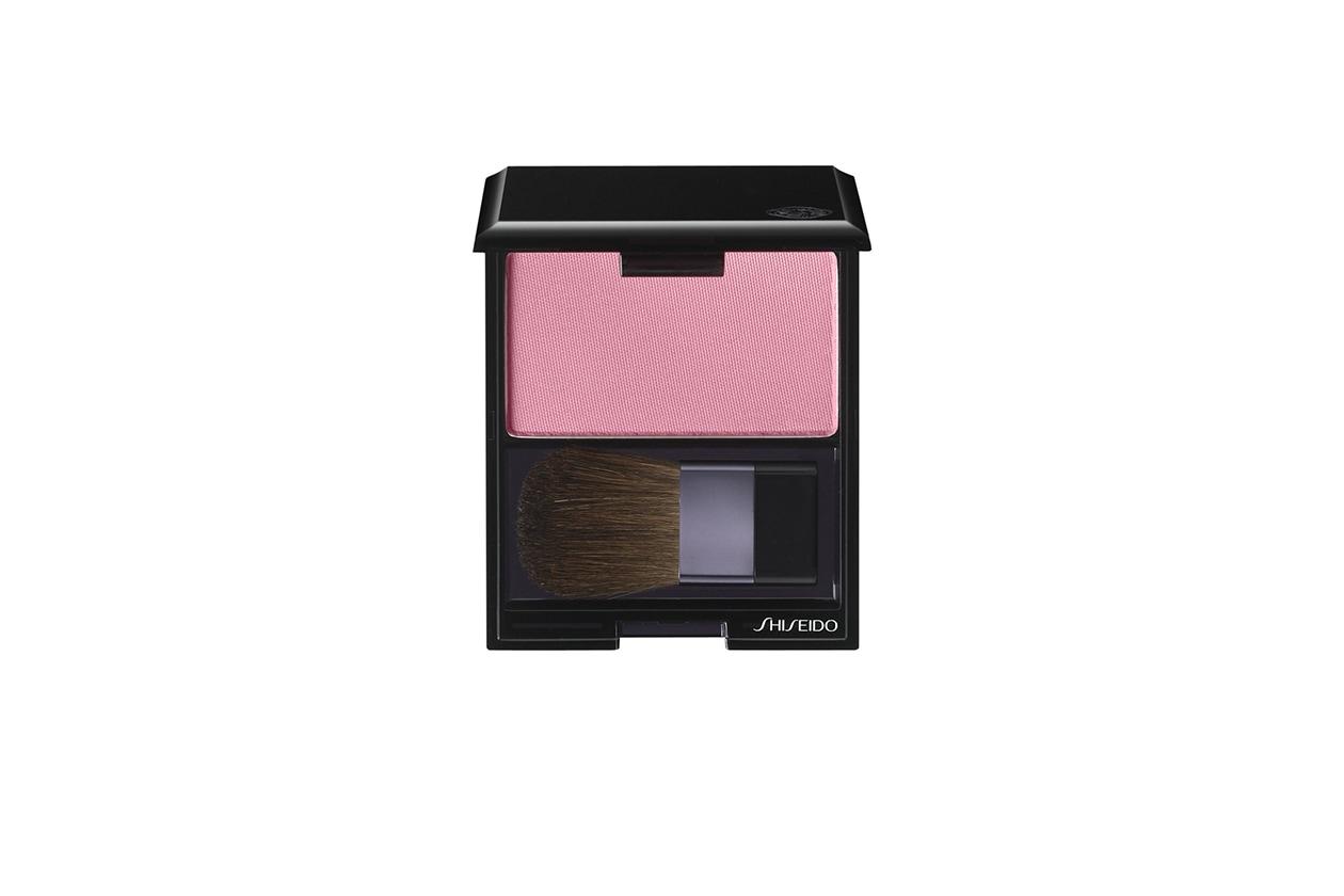 Hilary Rhoda beauty look: Shiseido Fard Luminizing Satin Face Color in Carnation