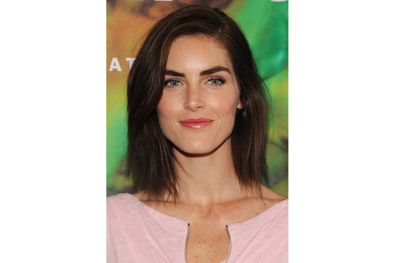 Hilary Rhoda beauty look: maquillage con punti luce