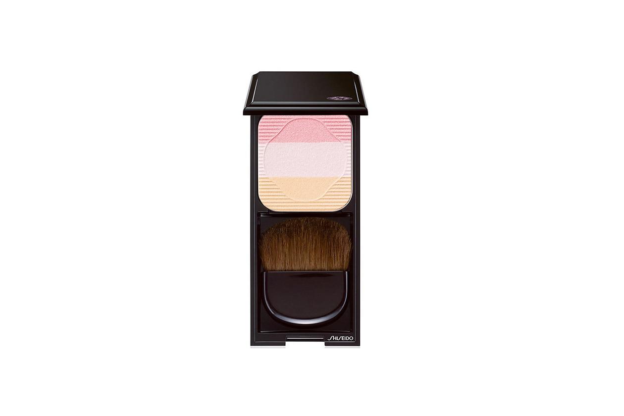 ILLUMINANTI VISO: Shiseido Face Color Enhancing Trio PK1 Lychee