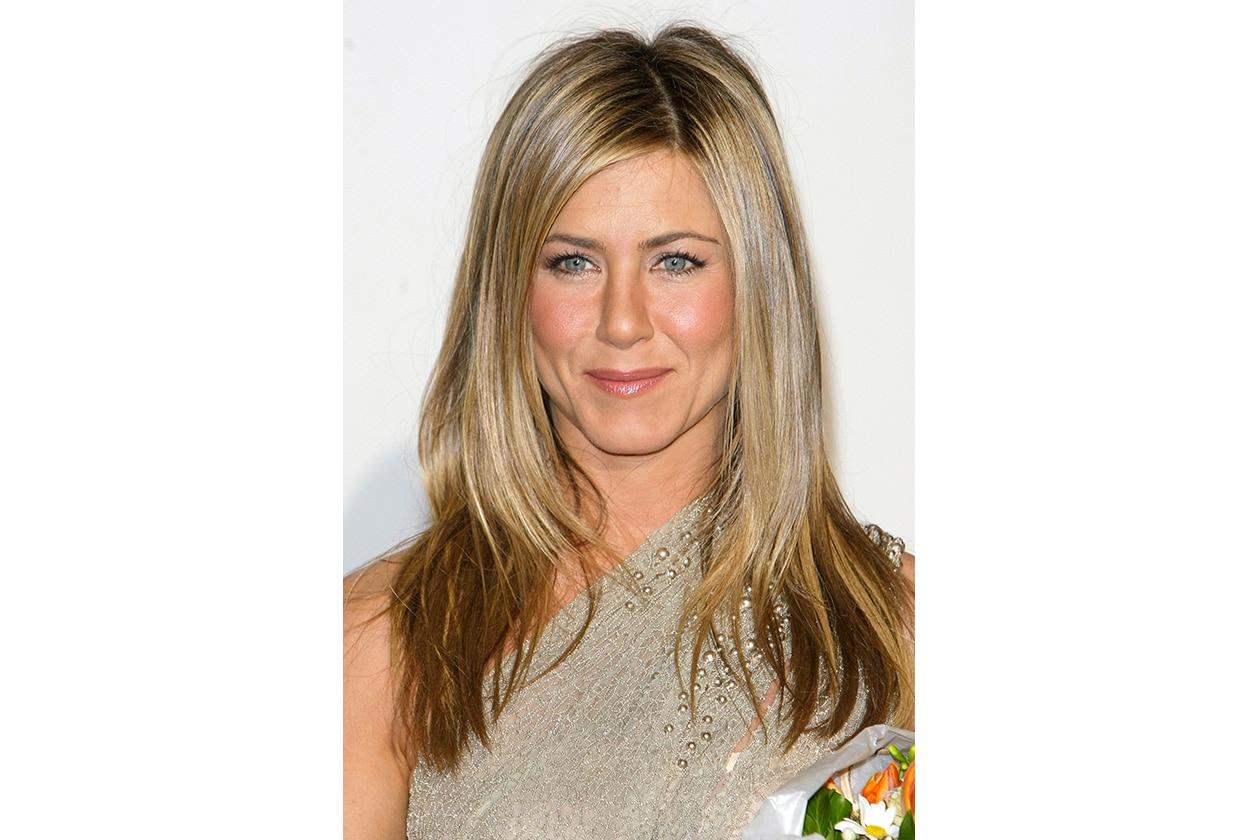 Jennifer Aniston capelli: marzo 2010