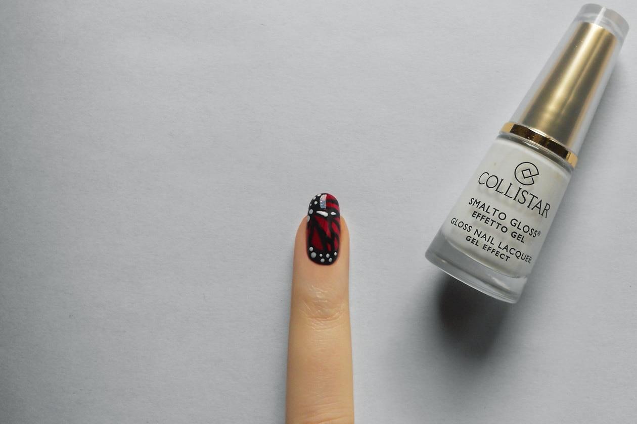 Manicure di San Valentino: nail accent – step 4