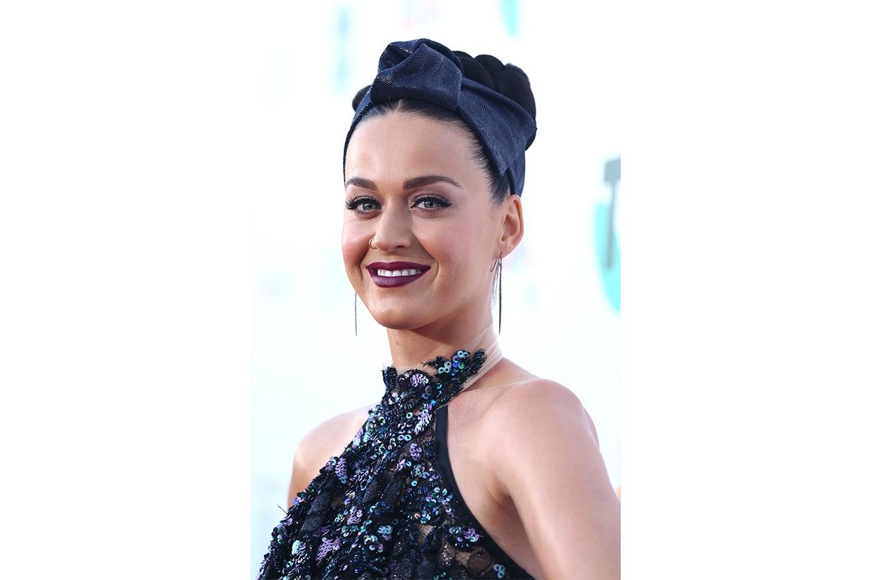 Rossetti per denti più bianchi: Katy Perry