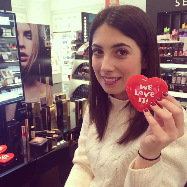 Anche @francescanoaro è stata con noi a provare i nuovi prodotti #YSL! #getonstageYSLbeauty #grazialovesYSL