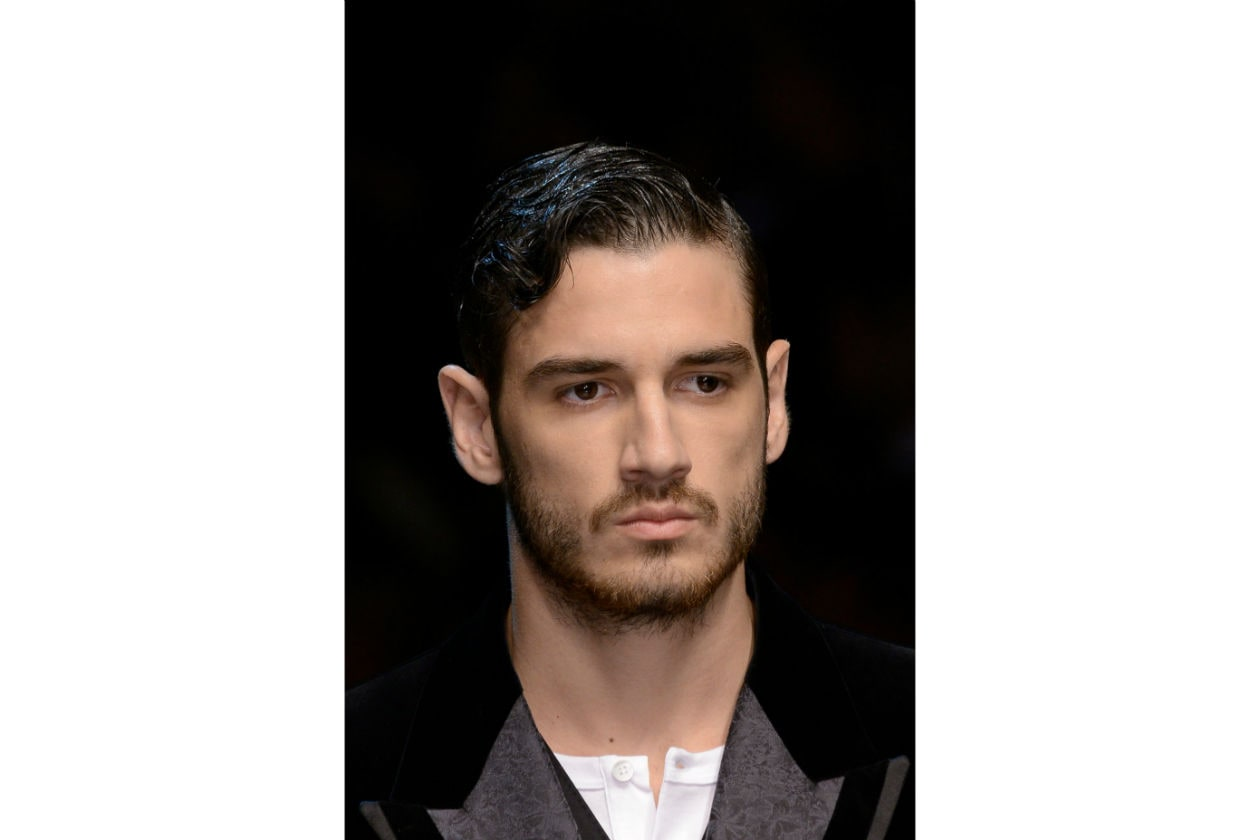 BAFFI: l'Autunno/Inverno 2015-16 vede i baffi protagonisti assoluti. Da soli o con la barba (Dolce&Gabbana)