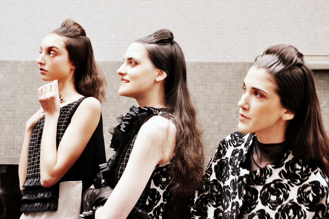 Backstage sfilata Antonio Marras: modelle sulla line up