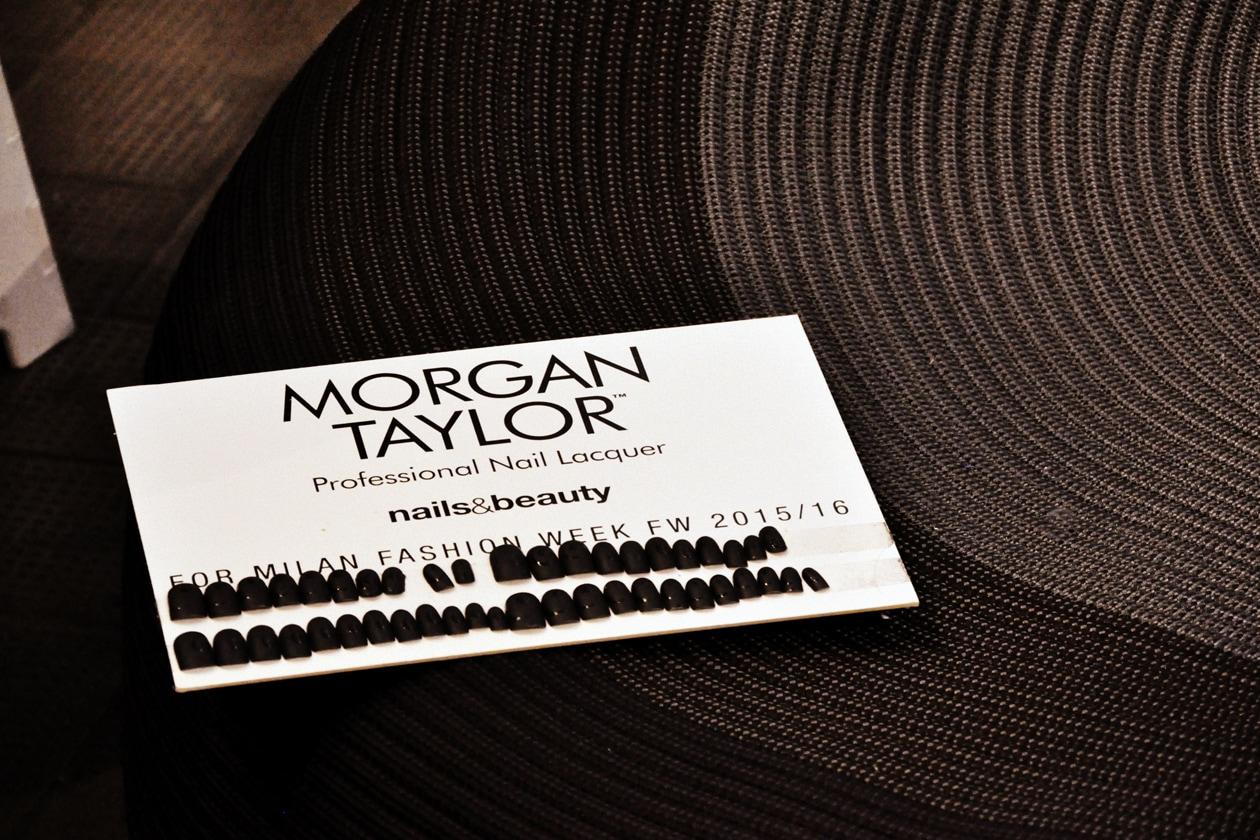 Backstage sfilata Antonio Marras: nail art by Morgan Taylor