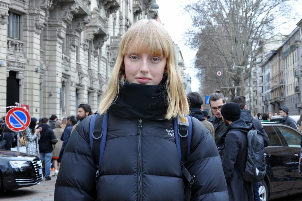 Capelli con frangia: dallo street style a Milano