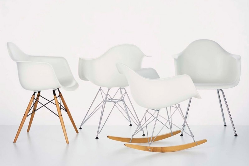 Eames Plastic Armchair 1