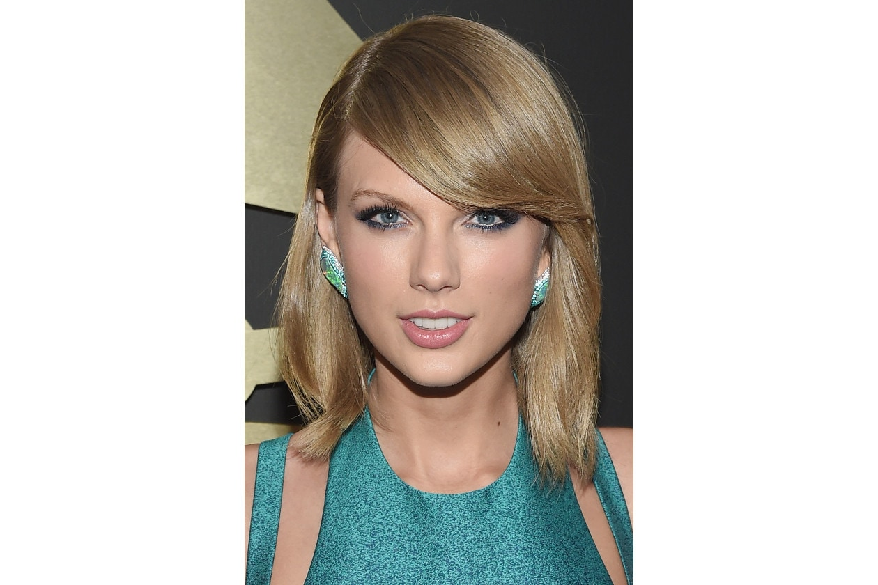 GRAMMY BEAUTY LOOK: Taylor Swift