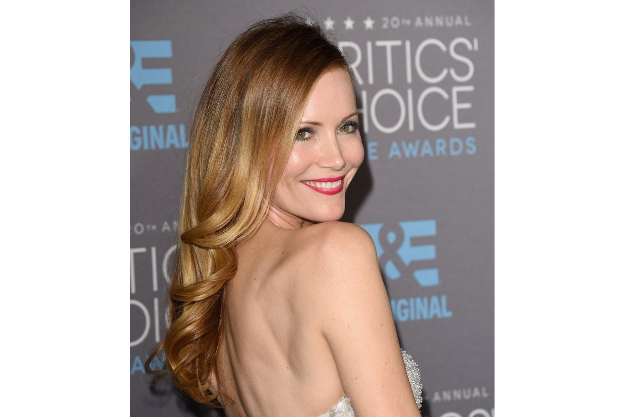 I capelli lunghi e mossi delle star: Leslie Mann