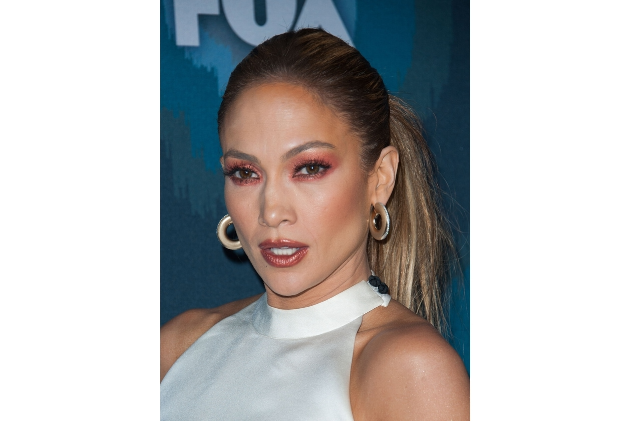 Jennifer Lopez: rosso rame per il make up