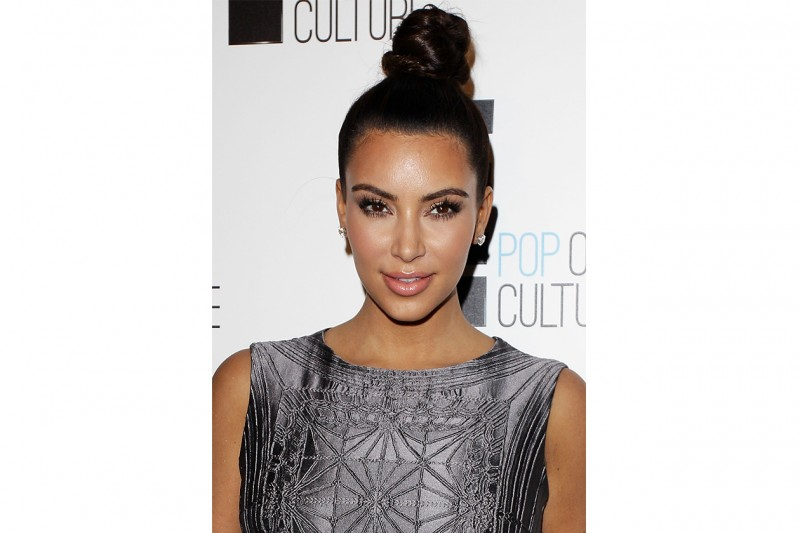 Kim loves top knot (settembre 2012)