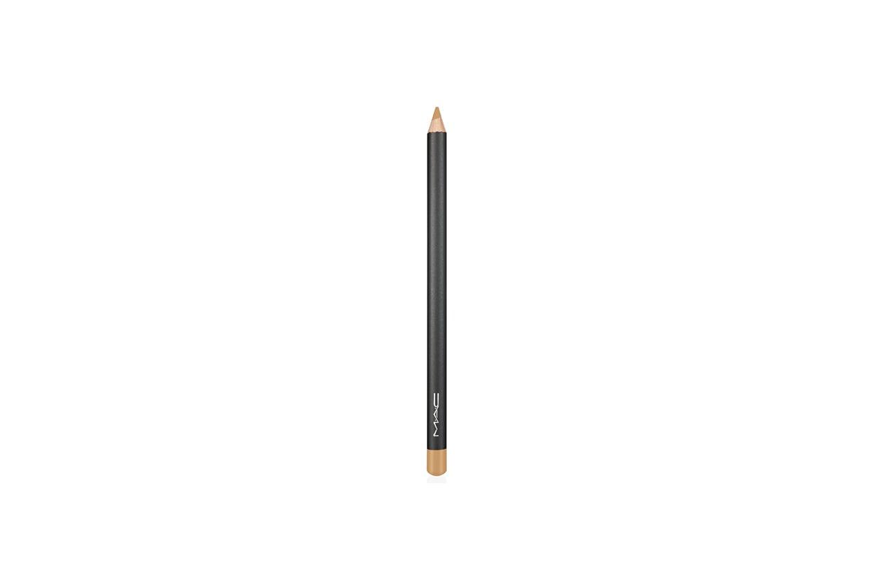 Matita occhi bianca e color burro: MAC Cosmetics Chromagraphic Pencil NW15 NC20